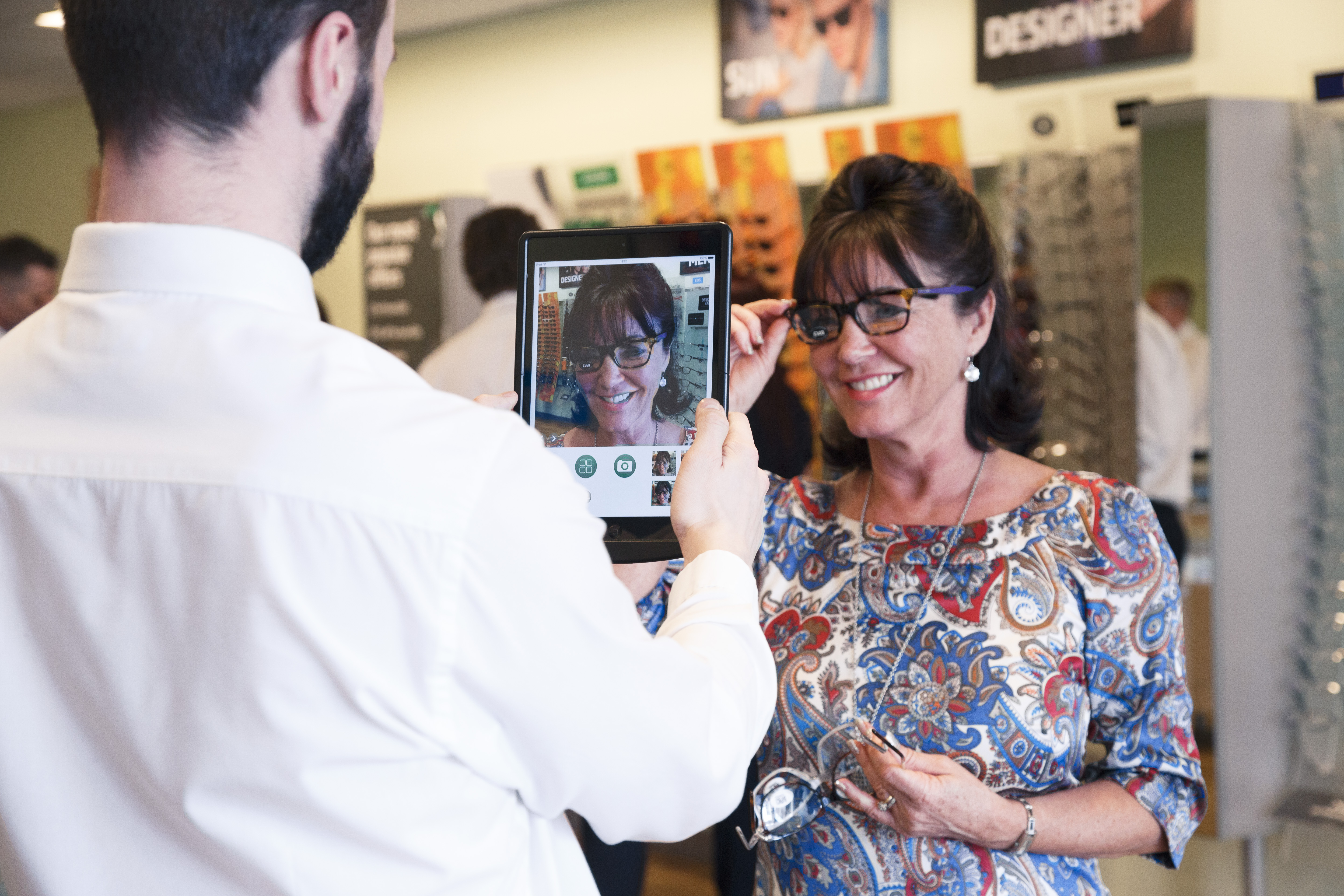 New Digital Percision Eyecare. Photography from Specsavers